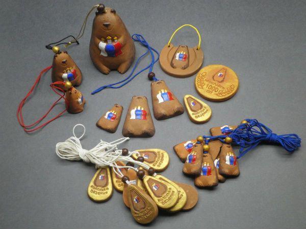 Сувениры с изображением медведя фото