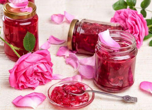 Варенье из розовых лепестков фото