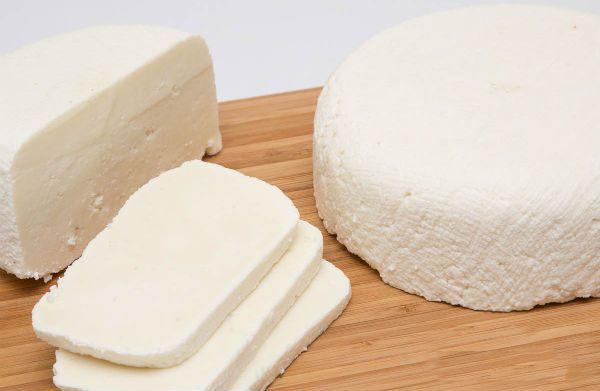 Рассольный домашний сыр фото