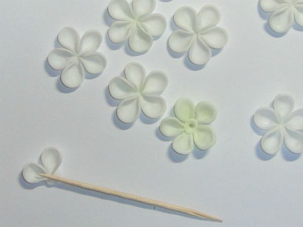 Украшение свадебных бокалов полимерной глиной шаг 6 фото