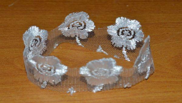 Декор свадебных бокалов тканью шаг 10 фото