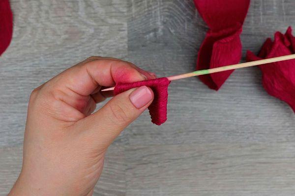 Объемные розы с сюрпризом шаг 22 фото