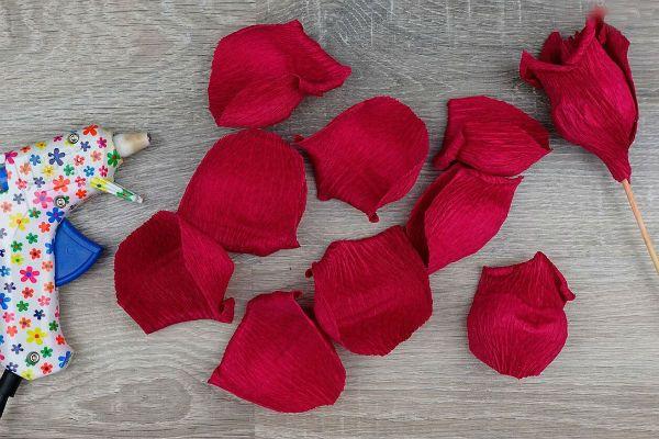 Объемные розы с сюрпризом шаг 26 фото