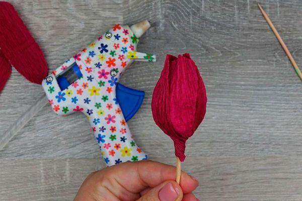Объемные розы с сюрпризом шаг 6 фото
