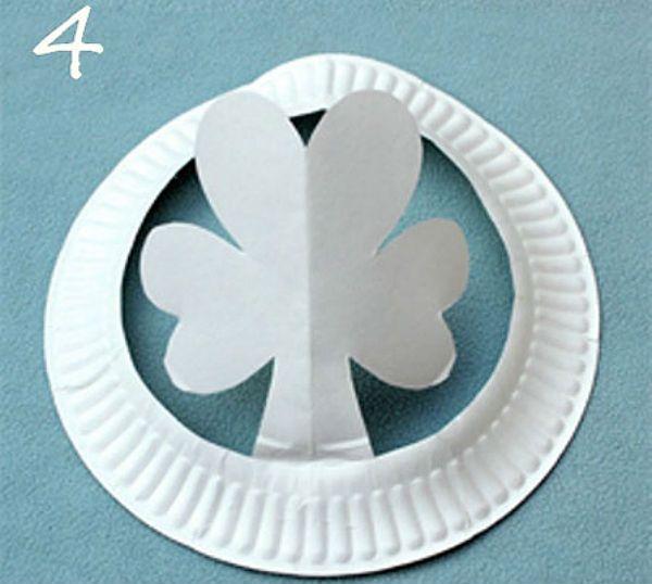 Шляпка из бумажной тарелки шаг 3 фото