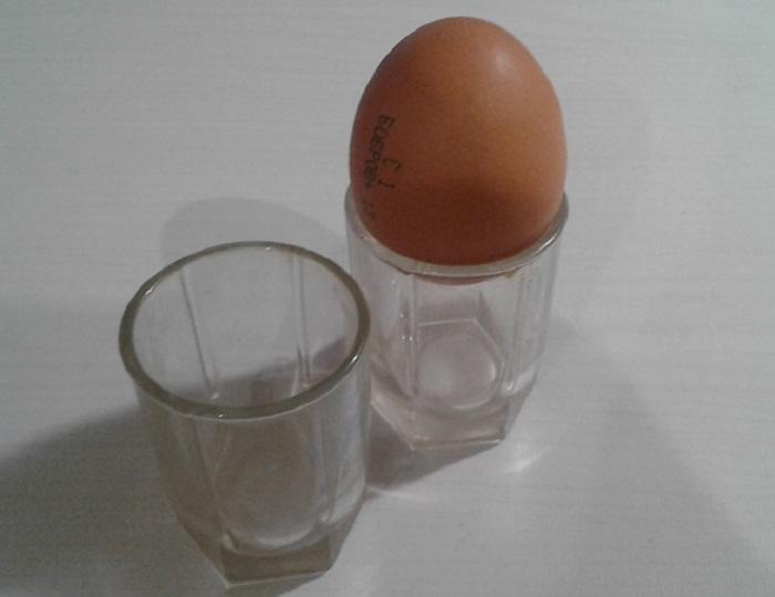 Фокус с яйцом фото