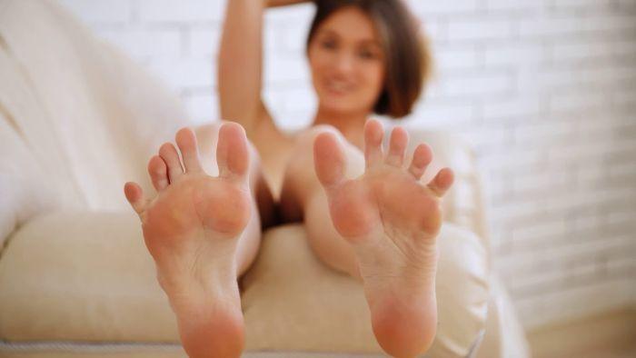 подошвы ступней