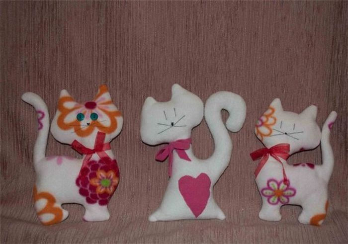 Кошечка игрушка фото
