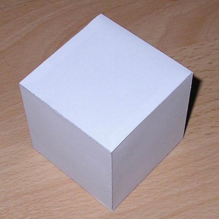 Объемный квадрат из бумаги