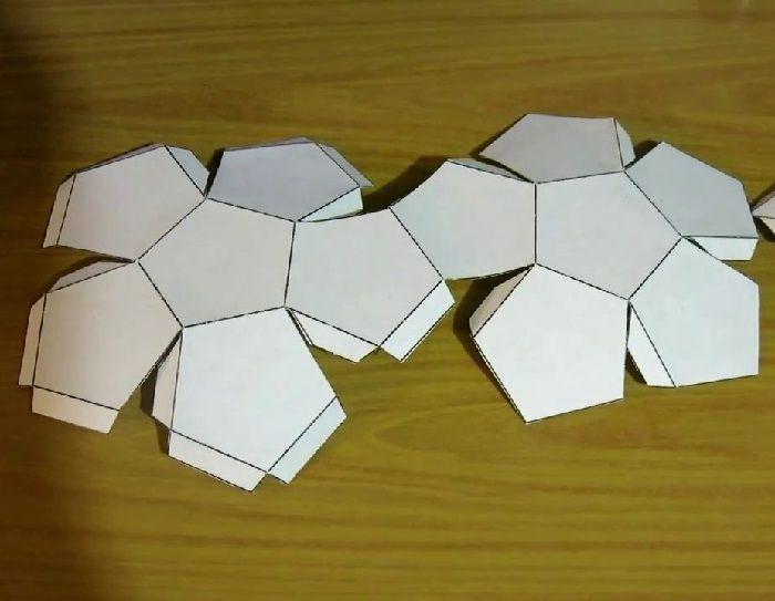 Шаблон додекаэдра из бумаги