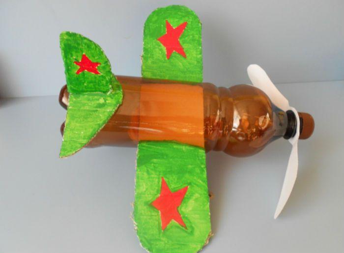 Самолет из бутылки фото