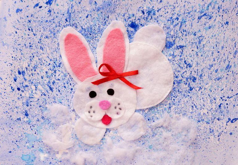 Аппликация зайка в снегу фото