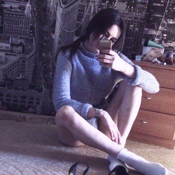 Морана Батори фото на полу