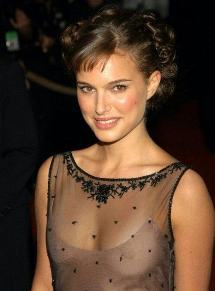 Топ 50 женщин с самой красивой грудью Натали Портман